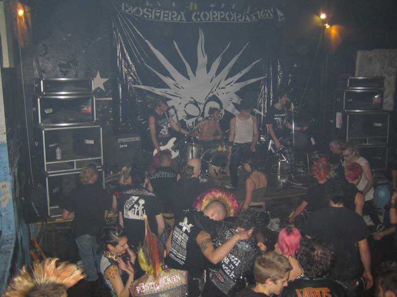 Diosfera Corporation live @ La Scintilla a Modena (Night of the Punx 2008)